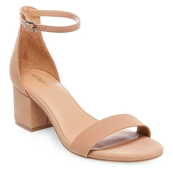 Nude Small Heel Shoes